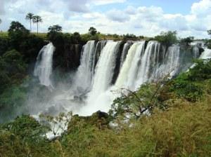 Vodopády v Cuembě